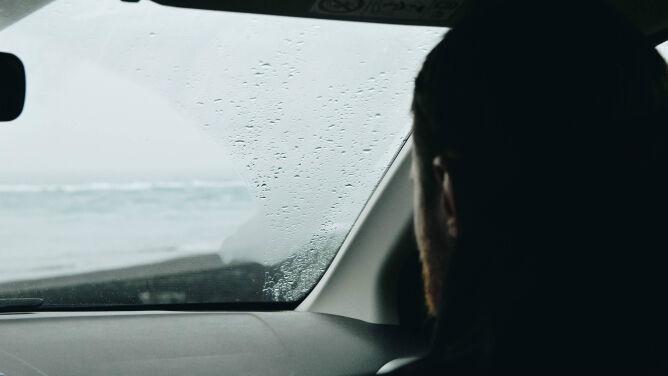 Na północy kraju deszcz może utrudnić podróżowanie